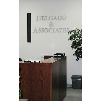/459944-experienced-attorney-services_62279.jpg