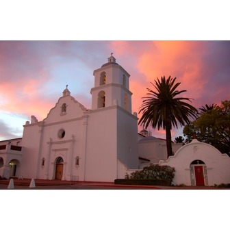 /california-missions_oceanside-mission_72167.jpg