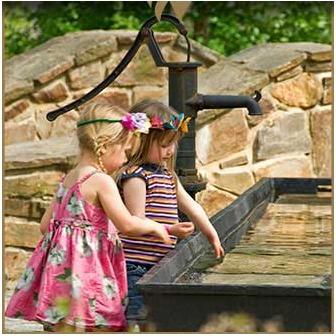 /center-enchanted-woods-children-trough_56710.jpg