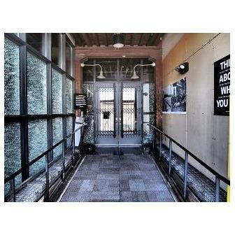/entrance_49578.jpg