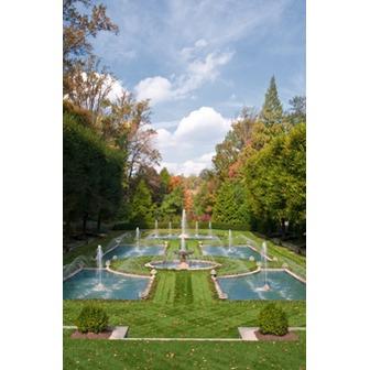 /italian_water_garden_vert_50559.jpg