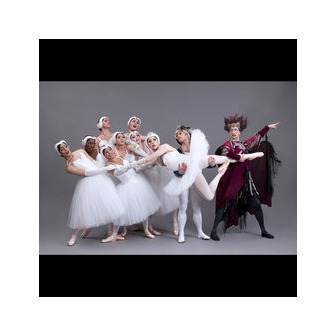 /les_ballet_trocks_-_pic_ii_56252.jpg?1347988518