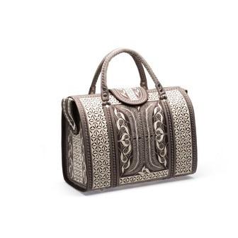 /most-popular-handbags_100865.jpg