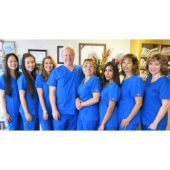 /san-marcos-dental-center-team-photo-reduced-1_145120.jpg