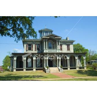 /stock-photo-1905706-jemison-van-de-graaff-mansion-in-tuscaloosa-alabama_50505.jpg