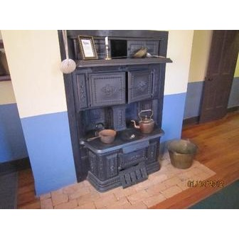 /stove-in-the-kitchen_51527.jpg