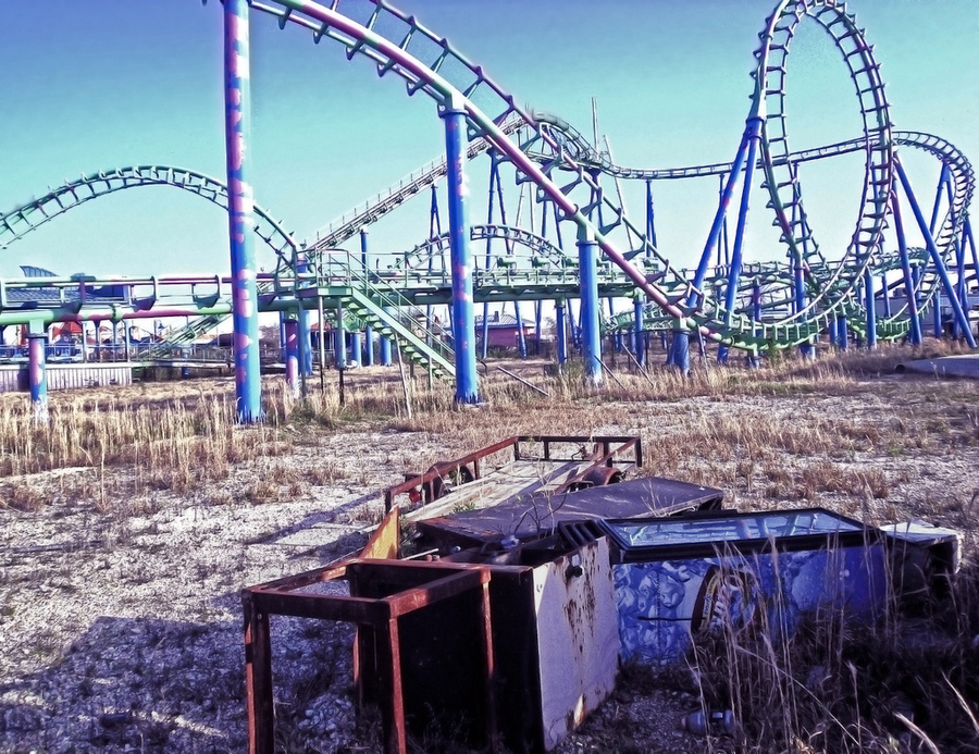 Abandoned six flags amusement park new orleans louisiana for What to do in new orleans louisiana