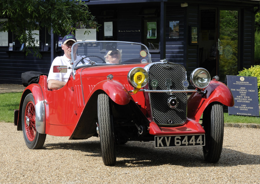 Old Singer Car 1
