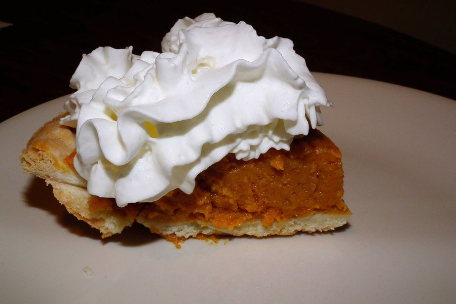Pumpkin Pie w/ Whip Cream