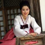Hanbok Model 8