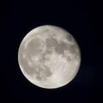 Moon 8-20-05
